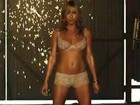 Aos 44 anos, Jennifer Aniston aparece de calcinha e sutiã em filme