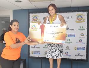 Premiação por faixa etária da Corrida de Reis (Foto: Robson Boamorte/GLOBOESPORTE.COM)