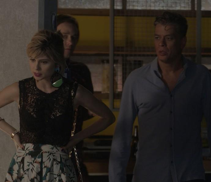 Lu e Arthur conversam com Rafael (Foto: TV Globo)