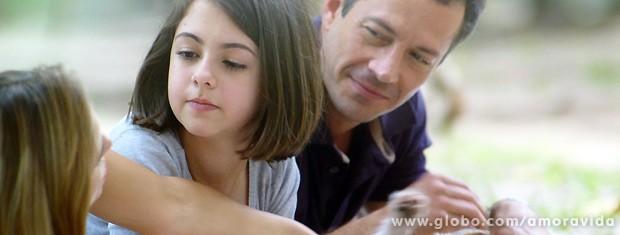 Como se fossem uma família (Foto: Amor à Vida / TV Globo)