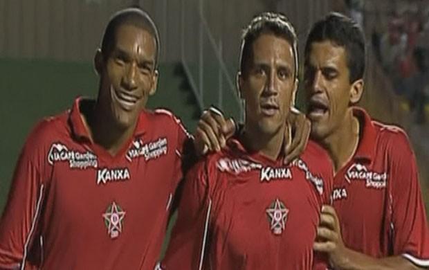 Boa Esporte derrota o São Caetano em Varginha (Foto: Reprodução Premiere FC)