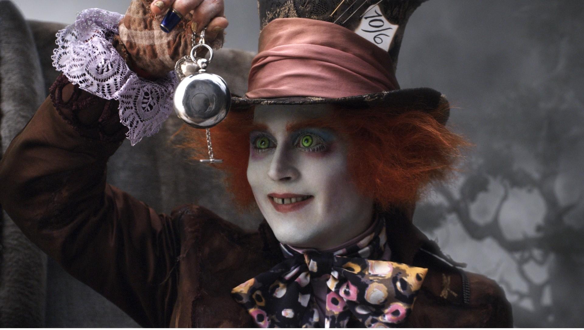 Johnny Depp ja´interpretou muito personagens excêntricos, mas nada de palhaços. (Foto: Divulgação)