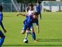 Grêmio contrata jovem meia do São Caetano para time de transição