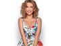 Juliana Didone posa com looks coloridos para primavera