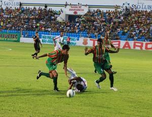Sampaio joga contra Comercial (PI), pela Série D do Campeonato Brasileiro, no Nhozinho Santos (Foto: Douglas Júnior/O Estado)