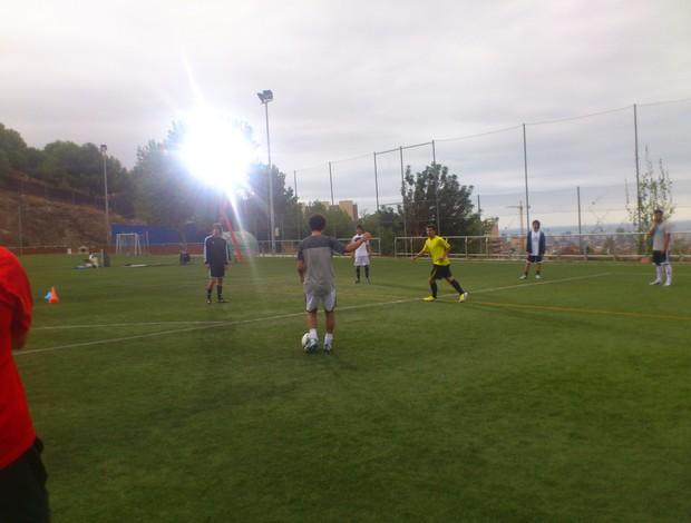 Jefferson (cinza) e Messi (amarelo), nas gravações do comercial (Foto: Acervo Pessoal)