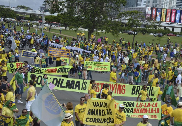 Em Brasília, a manifestação toma a Esplanada dos Ministérios (Foto: Marcello Casal/ABr)