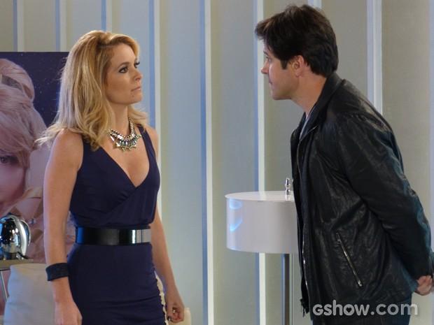 Pamela e Jonas discutem e loira fica fora do programa (Foto: Geração Brasil/TV Globo)
