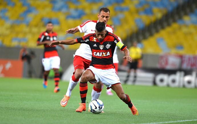 Léo Moura, Flamengo X internacional (Foto: André Durão)