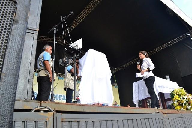 Equipe da TV Cabo Branco transmitiu o Paraíba Comunidade ao vivo (Foto: Pascom Arquidiocese Paraíba)