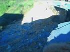 Moradores denunciam cratera aberta há meses em rodovia de SC
