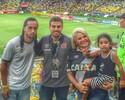 Everton Costa e família vão ao Maracanã torcer para o Vasco contra o Botafogo