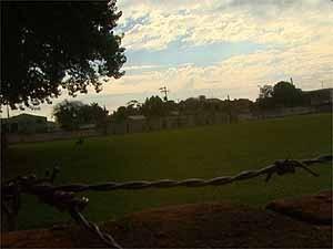 Campo de futebol usado como 'tribunal' em Ribeirão Preto (Foto: Reprodução EPTV)