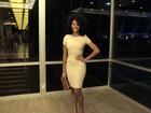 Sheron Menezzes investe em vestido justinho para ir a show no Rio