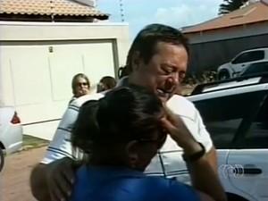 Pai de Cláudia estava inconformado com a morte da filha (Foto: Reprodução/TV Anhanguera)