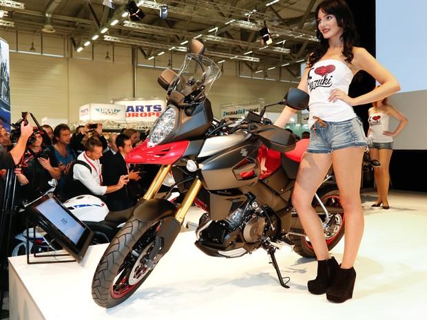 Suzuki mostra o conceito V-Strom 1000, que deve marcar o retorno da aventureira (Foto: Divulgação)