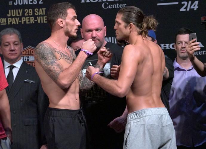 Renato Moicano x Brian Ortega, encarada, pesagem UFC 214 (Foto: Evelyn Rodrigues)