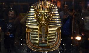 Egito processará 8 por reparo 'caseiro' em máscara de Tutancâmon