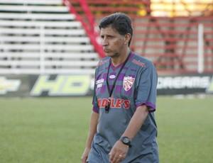 Paulo Porto, técnico do São Luiz (Foto: Diego Guichard)