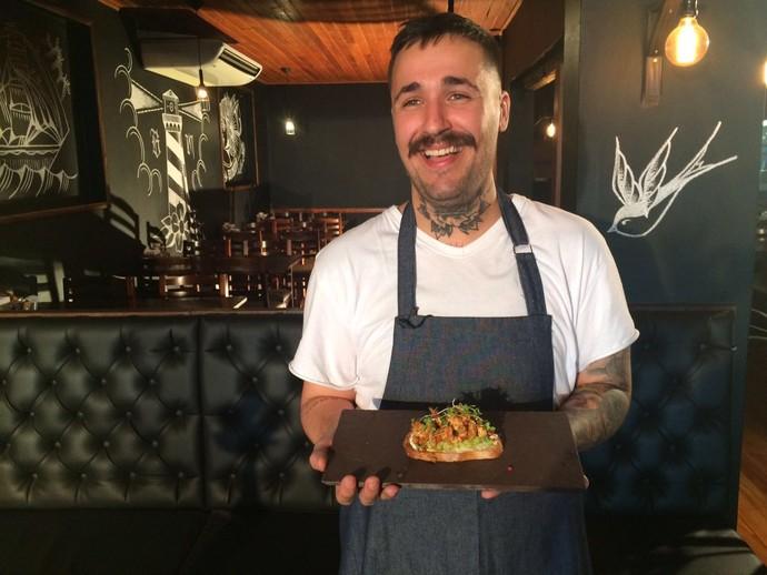 Chef ensina receita gostosa e leve para este inverno  (Foto: RBS TV/Divulgação )