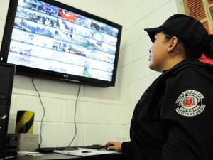 Câmeras ajudam a inibir furtos na Festa do Peão de Americana (Foto: Raul Pereira / G1)