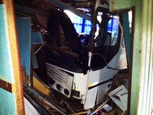 Morador conseguiu fugir antes do acidente (Foto: Alexandre dos Santos/RBS TV)