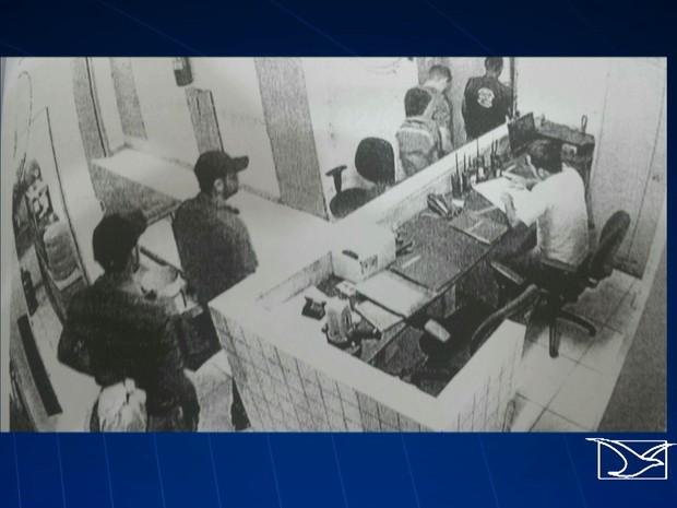 Quadrilha teria pago mais de R$ 300 a diretor de Casa de Detenção, para ser solta (Foto: Reprodução/TV Mirante)