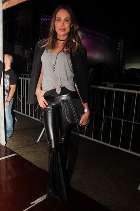 Carol Marra em show em São Paulo (Foto: Renan Katayama/ Ag. News)