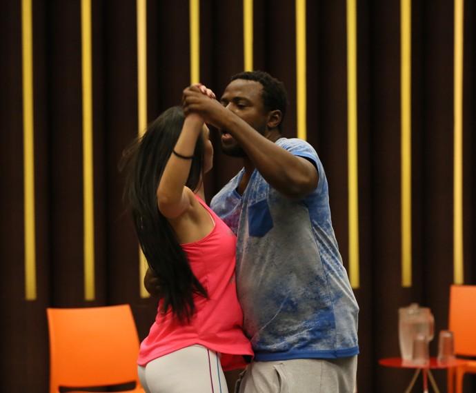 Confira apresentação de Érico e Gabrielle no Dança (Foto: Isabella Pinheiro/Gshow)