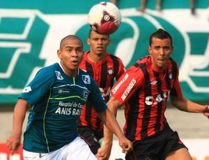 Goiás vence Atlético-PR - Walter (Foto: O Popular)