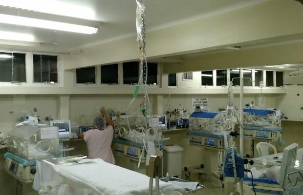 Fisioterapeuta dá à luz quíntuplos em Goiânia: 'Cinco vezes mais feliz' em Goiás (Foto: Divulgação/Hospital da Criança)