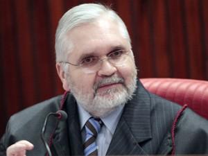O procurador-geral da República, Roberto Gurgel, em sessão no TSE (Foto: Carlos Humberto./ASICS/TSE)