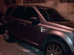 Suspeito entrou em motel com adolescente e criança dentro de carro (Foto: Reprodução/TV Tribuna)