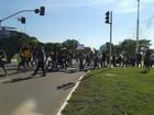 Profissionais de enfermagem fazem protesto em Palmas