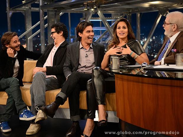 André Gonçalves e o elenco de 'A paixão do jovem Werther' (Foto: TV Globo/Programa do Jô)