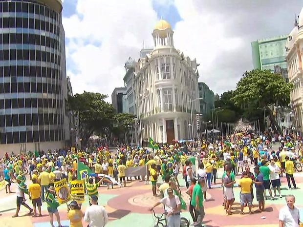Em Recife, a concentração foi no Marco Zero