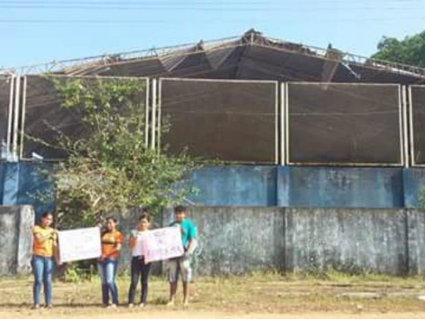Quadra, escola, Escola Estadual Júlio Gonçalves da Costa, Santa Luzia do Pacuí, Macapá, Amapá, (Foto: Ildo Pantoja/Arquivo Pessoal)