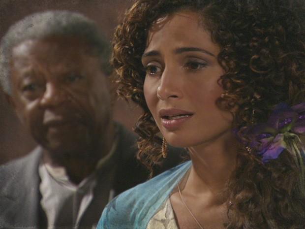 Isabel decide que chegou a hora de Elias saber de tudo (Foto: Lado a Lado / TV Globo)
