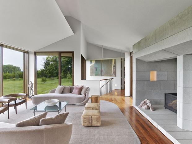 Casa tem ângulos inspirados nas montanhas, em Massachusetts (Foto: Eric Laignel/Divulgação)