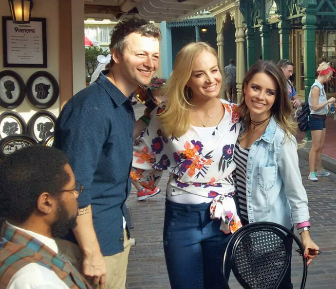 Lucas, Angélica e Sandy posam para foto nos bastidores (Foto: Thiago Fontolan/Gshow)