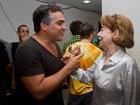 Fernanda Montenegro e Fernanda Torres assistem a musical no Rio