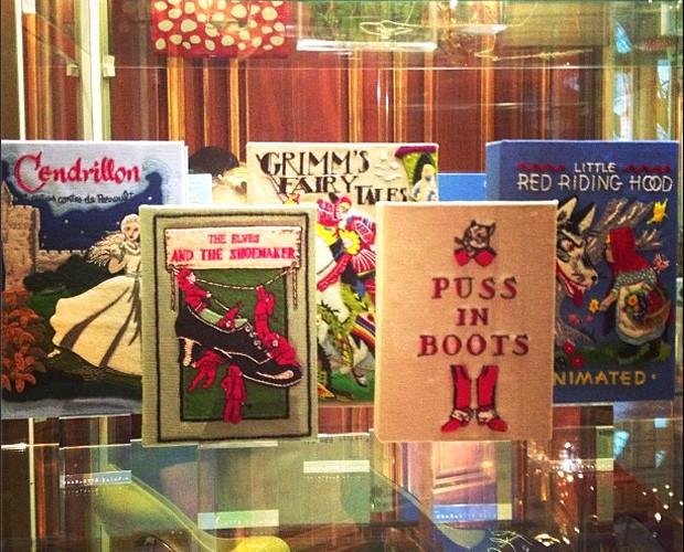As bolsas da nova coleção de Olympia Le Tan  (Foto: Reprodução/Instagram)