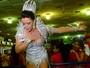 Tânia Oliveira revela 'truque' para não mostrar demais em noite de coração