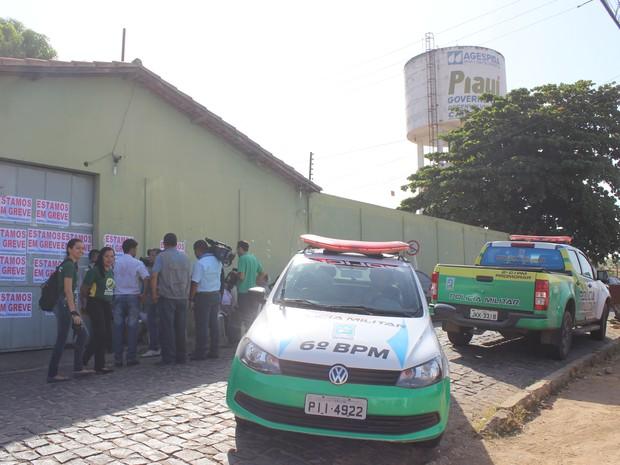 Tentativa foi abortada pelos agentes da Casa de Custódia (Foto: Gustavo Almeida/G1)
