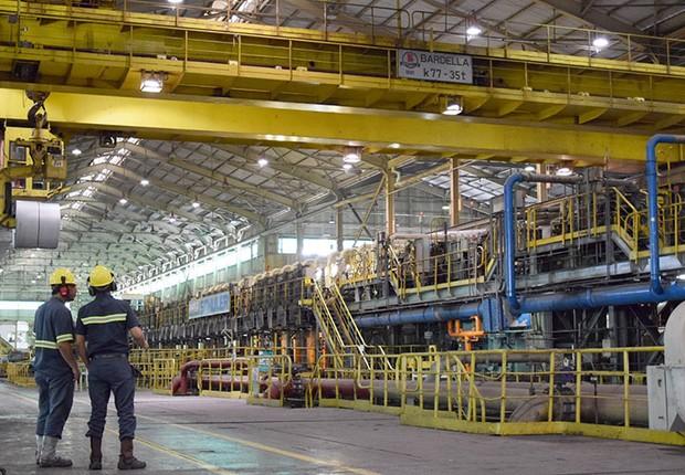 Linha de produção da Usiminas ; siderurgia ; produção de aço ;  (Foto: Wiliam de Paula/Divulgação)