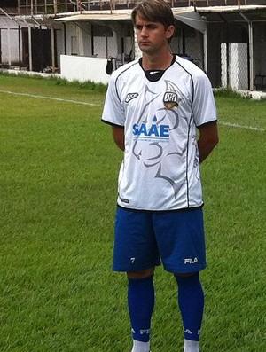 Willian César diz que o grupo não pensa em rebaixamento. (Foto: Diego Souza/Globoesporte.com)