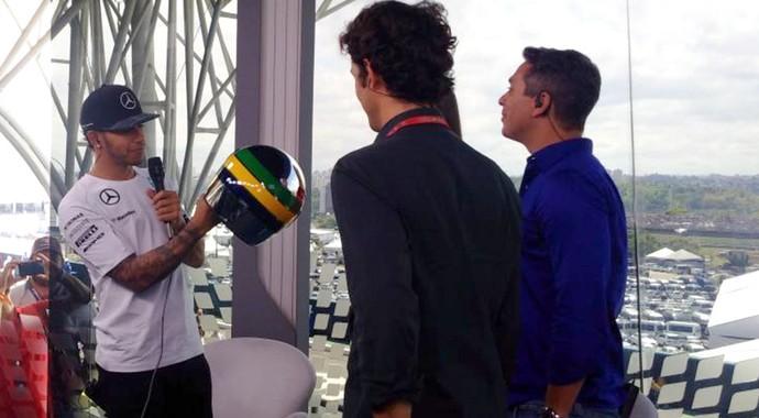 Lewis Hamilton capacete Senna Fórmula 1 (Foto: Reprodução / Twitter)