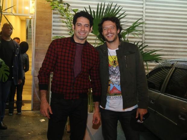 João Baldasserini e Nando Rodrigues em festa na Zona Oeste do Rio (Foto: Daniel Pinheiro/ Ag. News)