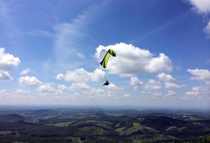 atleta voo livre Elvecio Campos Divinópolis MG (Foto: Elvecio Campos/Arquivo pessoal)