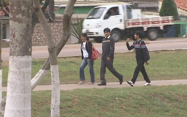 Reportagem mostrou o movimento na Universidade Federal do Acre. (Foto: Acre TV)